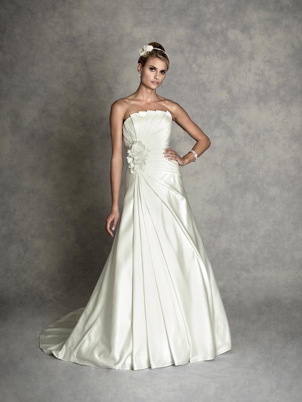 Amanda Wyatt Clover 015 Wedding Dress