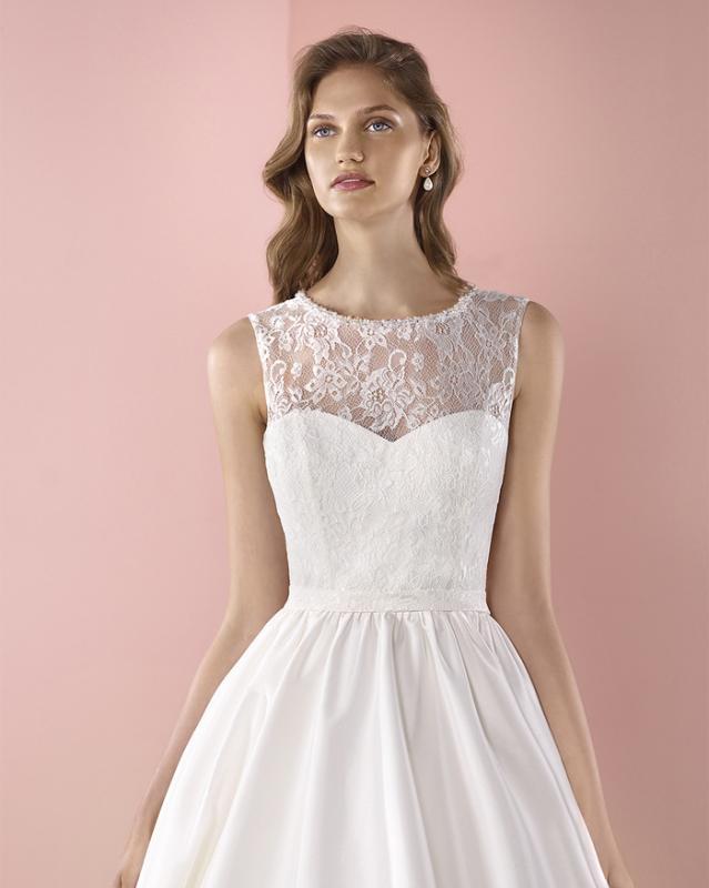 Elizabeth ayers bridal wear design your own wedding for Design own wedding dress