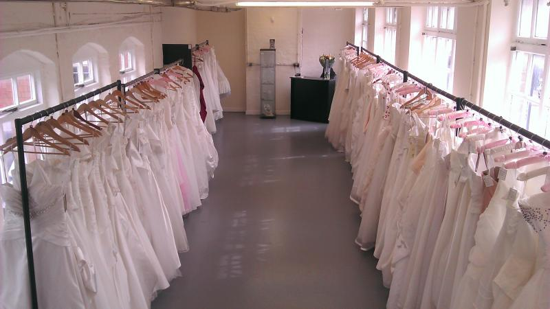 Wedding dress retail outlet wedding dress shops for Wedding dress shops birmingham